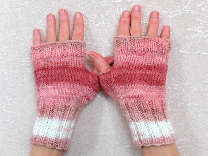 pink gloves